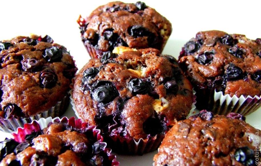 czekoladowe muffinki z borowkami amerykanskim 2