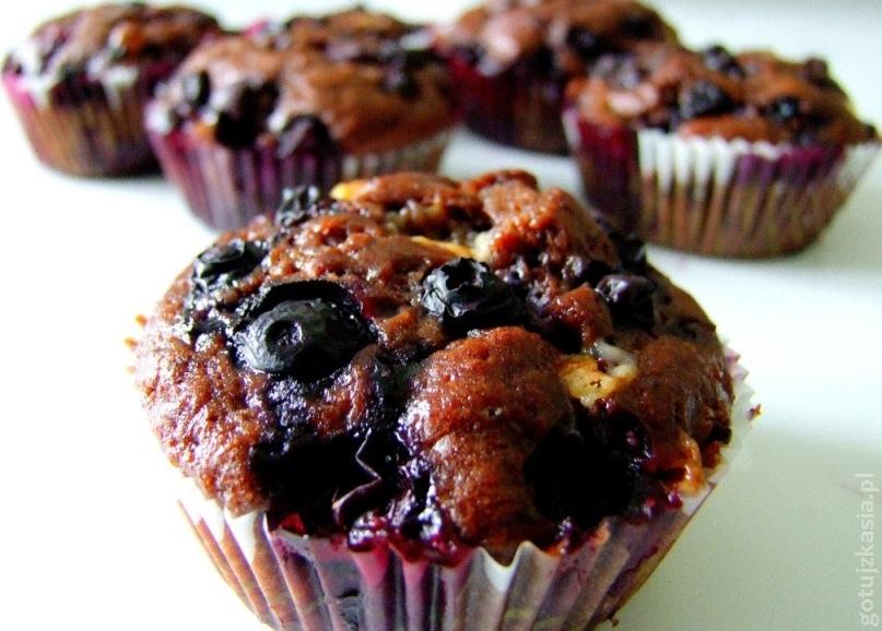 czekoladowe muffinki z borowkami amerykanskimi