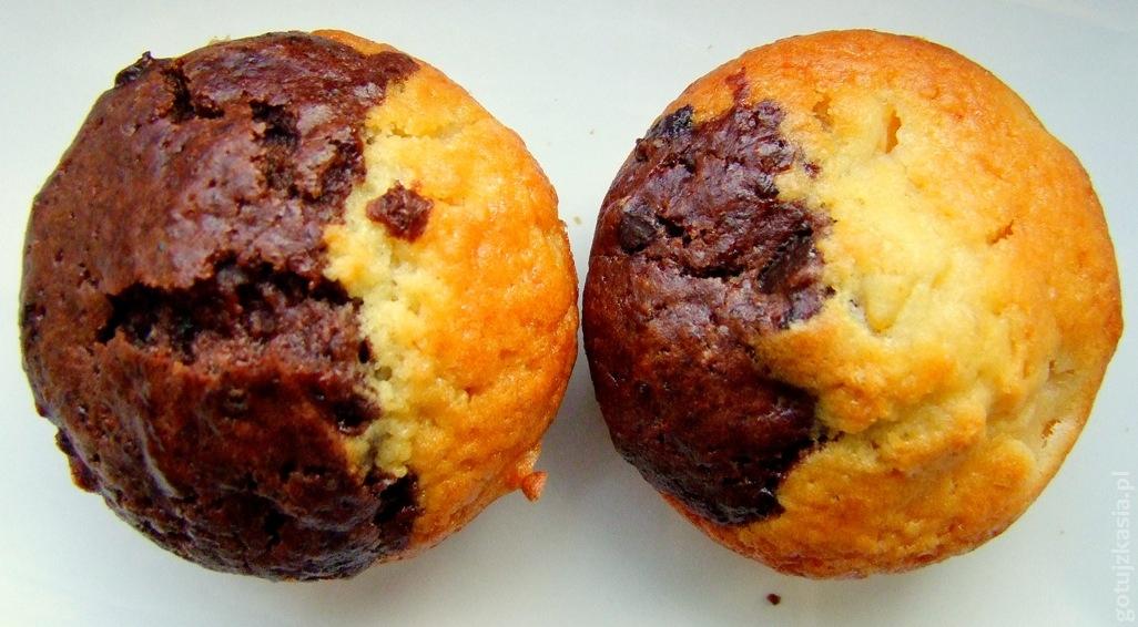 brzoskwiniowo-czekolowe muffinki 2