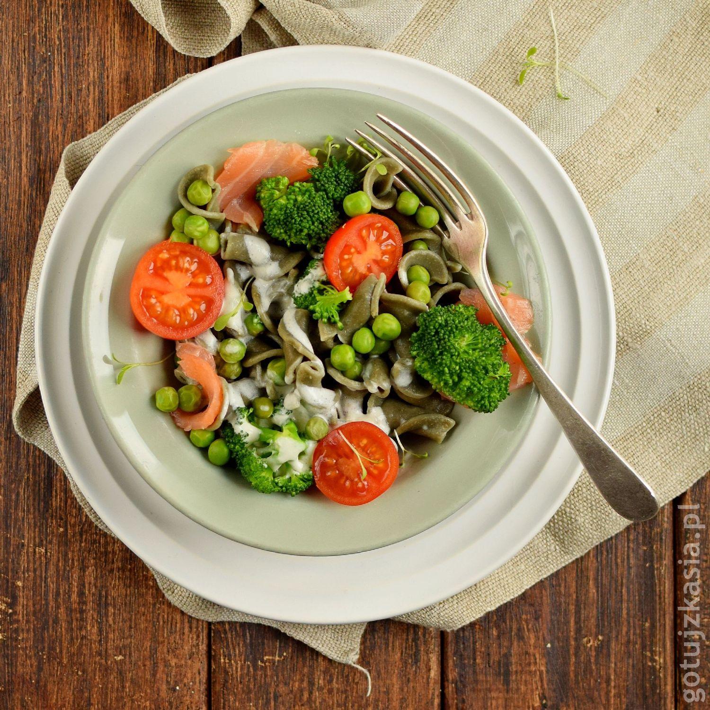 makaron z lososiem i brokulem 3