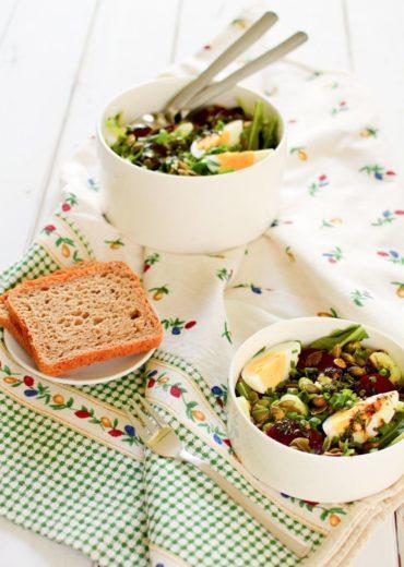 salatka z burakiem i jajkiem