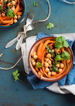 salatka z ciecierzyca_miniatura