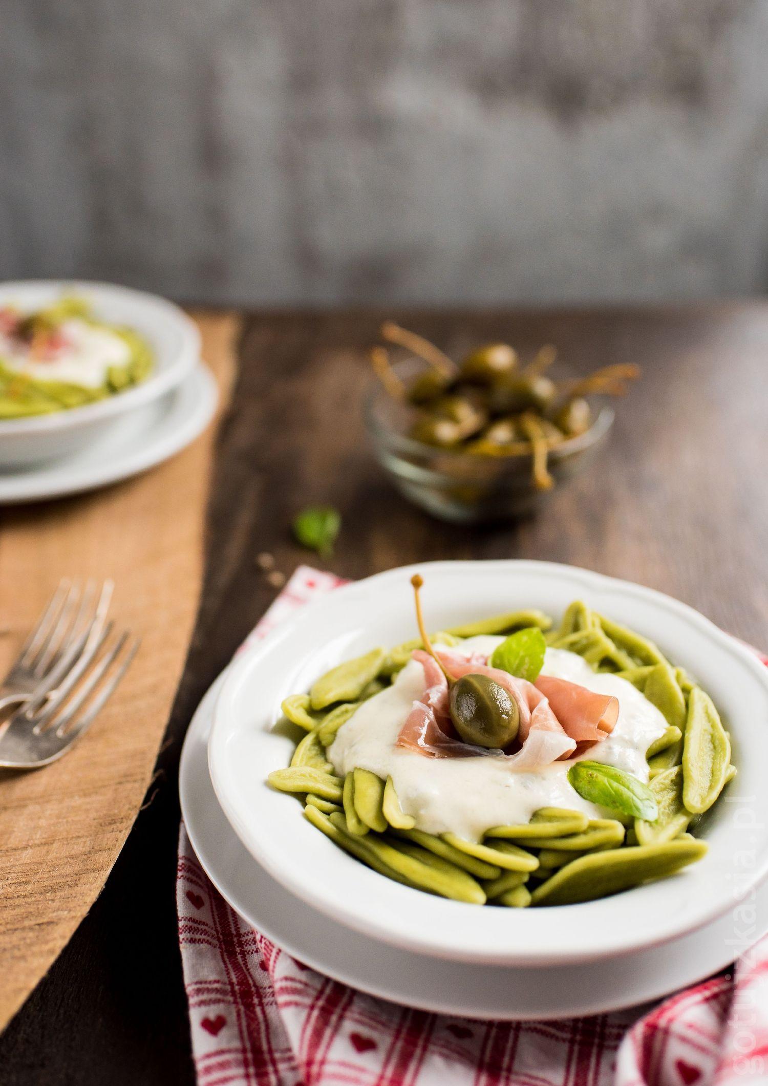 makaron z sosem gorgonzola 3