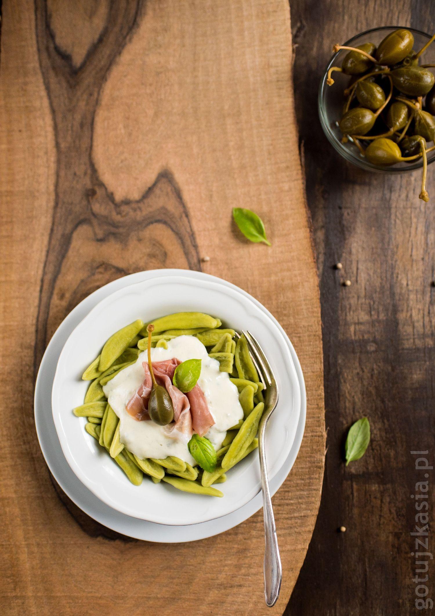 makaron z sosem gorgonzola 4