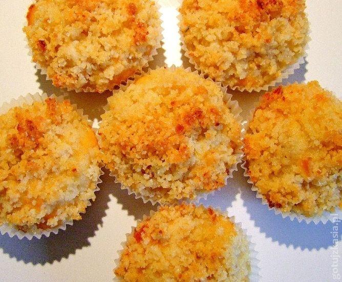 muffinki z jablkami i migdalami