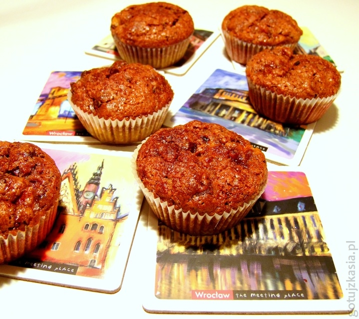 kakaowe muffinki z owocem kaki 3