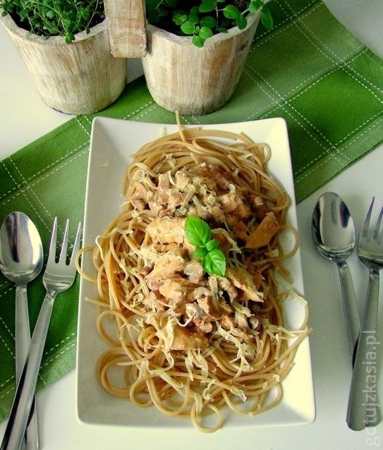spaghetti z kurczakiem i kurkami 4-001