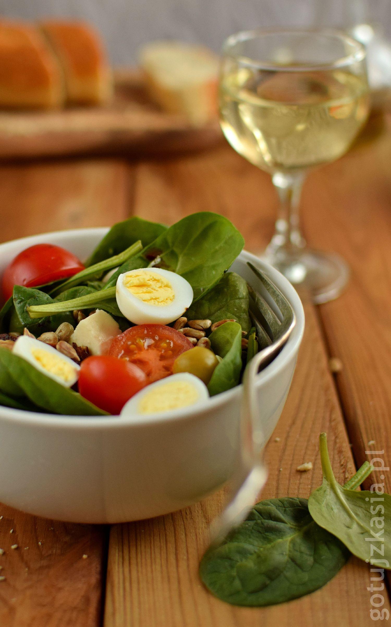 salatka z indykiem i szpinakiem 5