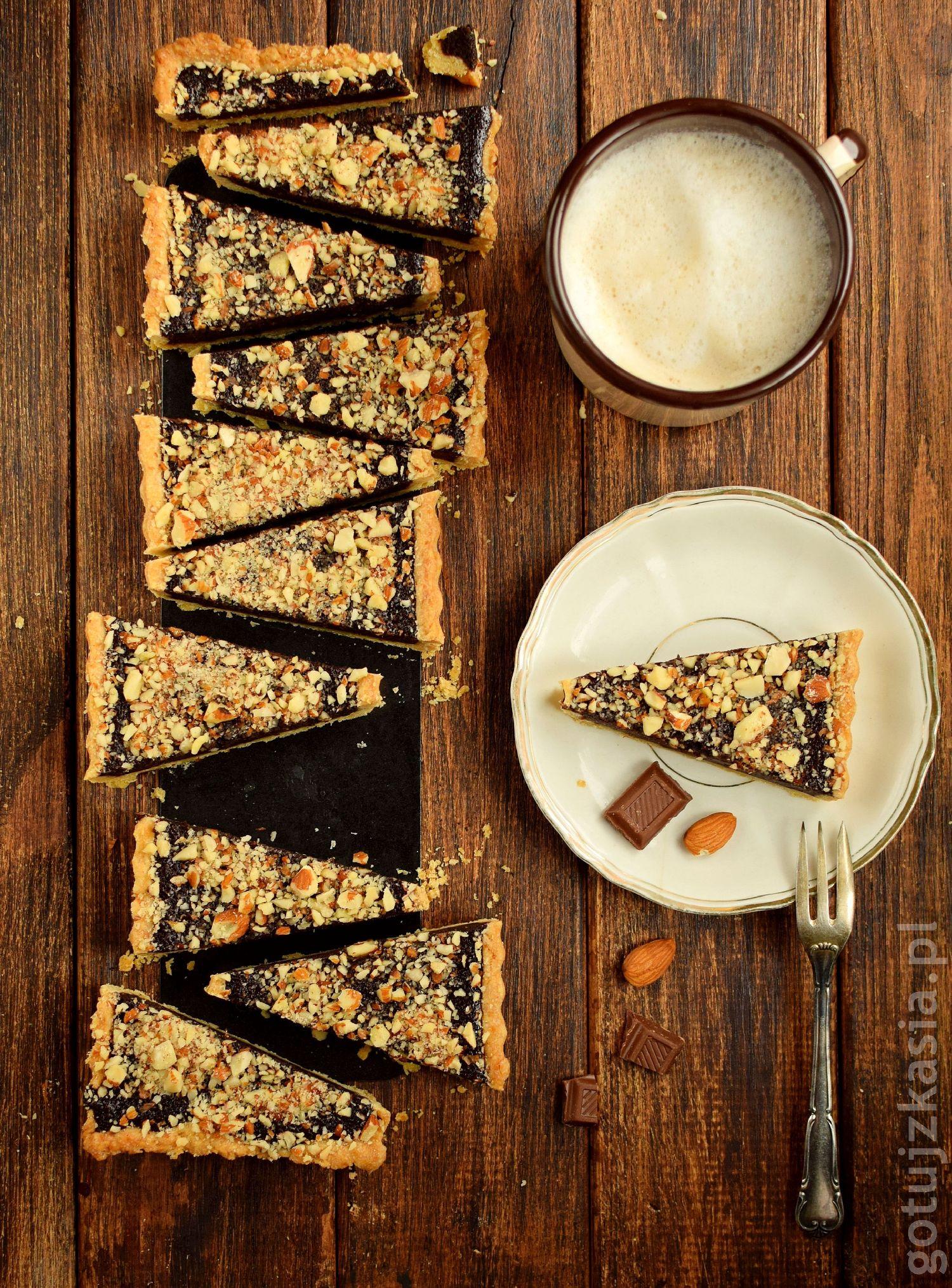 tarta z czekolada i migdalami 4