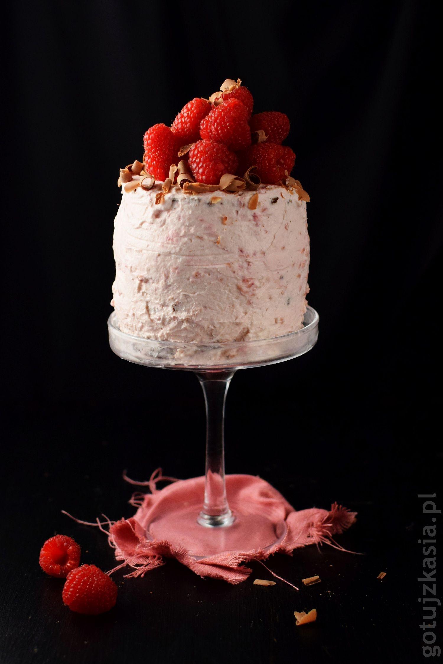 torcik czekoladowo-malinowy 1