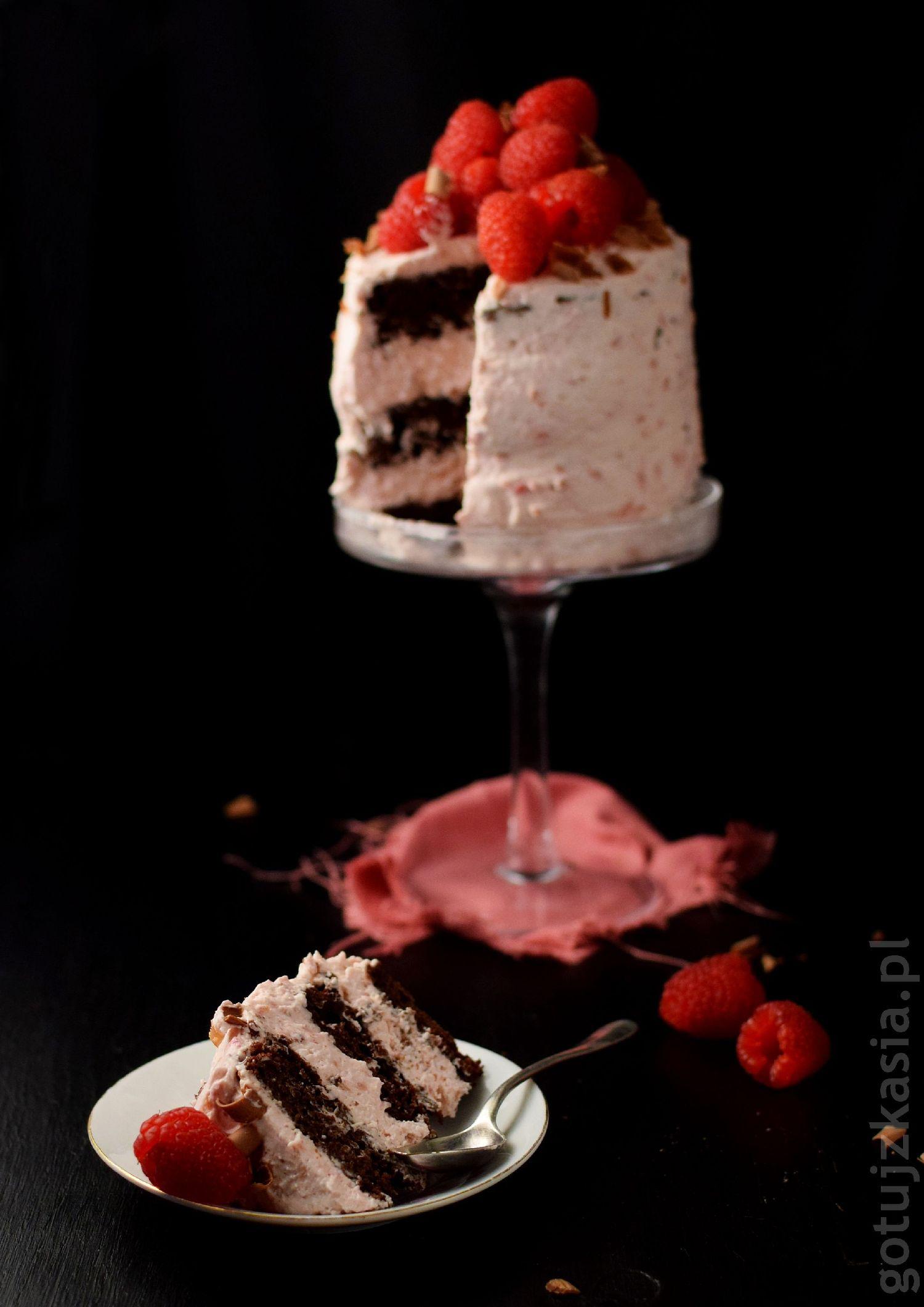 torcik czekoladowo-malinowy 2