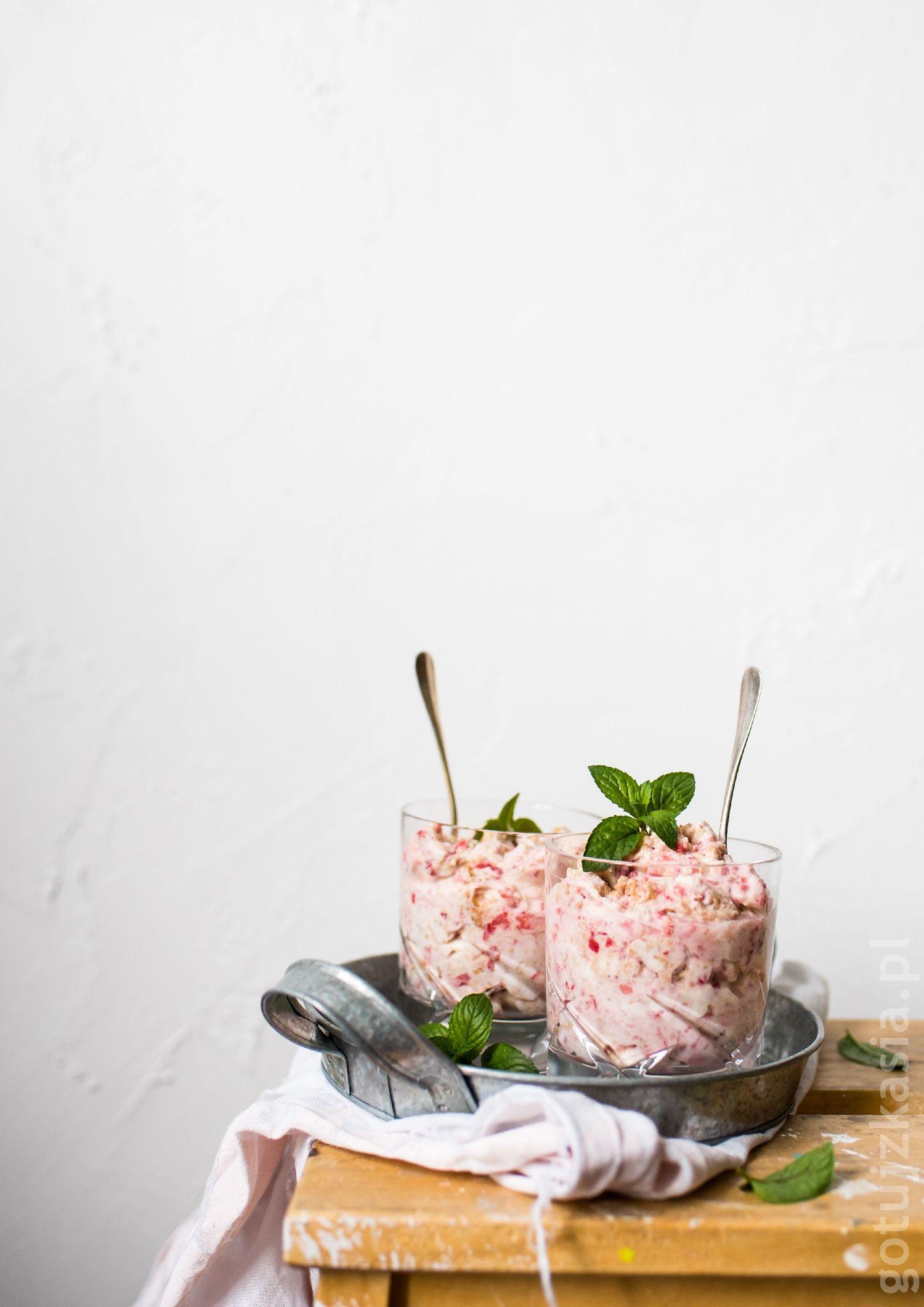 deser truskawkowy 2